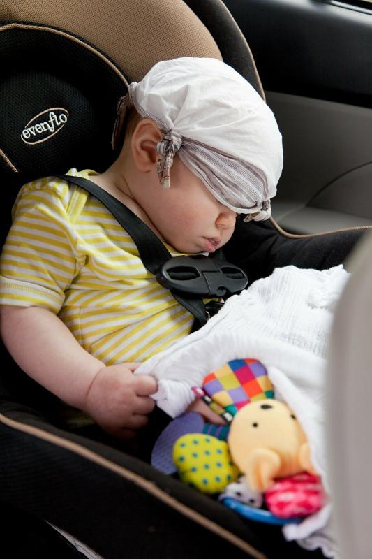 Jak zachęcić dziecko dojazdy wfoteliku?