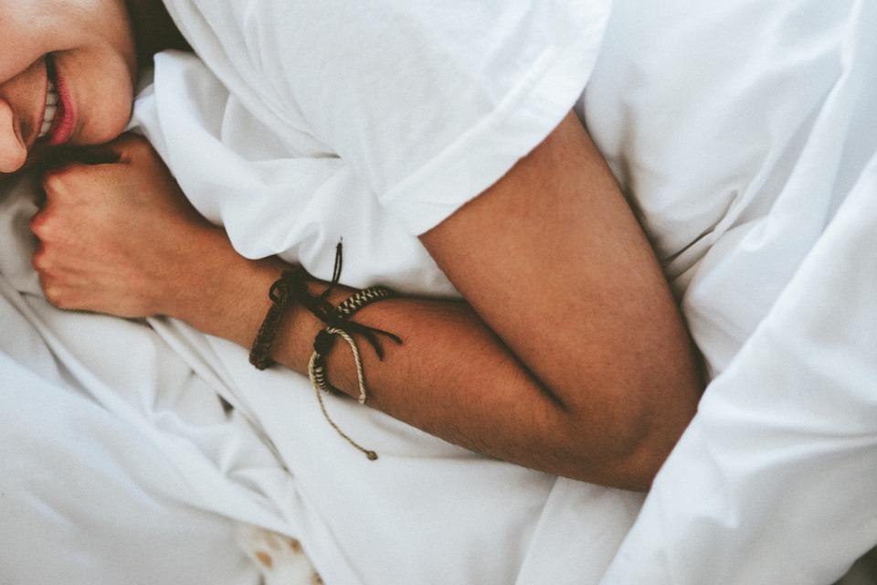 Poduszka ortopedyczna – jak dobrać – przewodnik